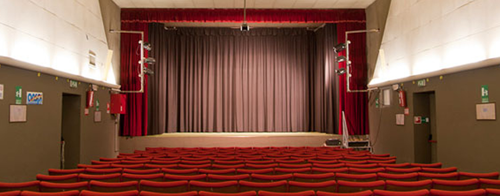 Como - Impresa di Pulizie Teatri a Albese con Cassano